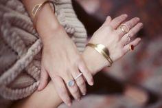 Dear Rae jewelry via miss moss Hair Jewelry, Jewelry Box, Jewelery, Jewelry Accessories, Miss Moss, Stylish Rings, Layered Jewelry, Plaque, Fashion Bracelets