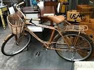 Saw a bicycle just like this is Verona, Italy - it's beautiful!
