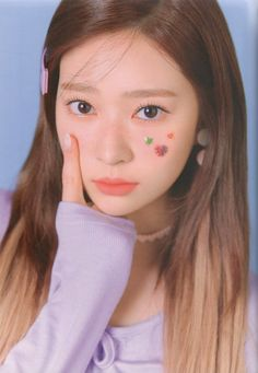 "kim minju pics on Twitter: ""oneiric diary album scans, diary ver.  ⇢cr oneiricdiary… "" Kpop Girl Groups, Kpop Girls, Eyes On Me, Girl Hair Colors, Girl Outfits, Casual Outfits, Mixed Girls, Fandom, Japanese Girl Group"