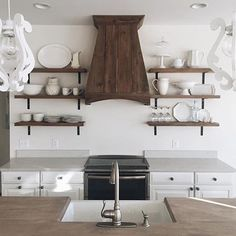 There are so many amazing kitchens to pick from on #Styled2Inspire Choosing just one kitchen was hard. When I saw @katebeckerphoto kitchen that @brittanylschmitt posted, I knew this was the one I had to post. I love the simplicity, open shelving, white dishes and that vent hood is amazing! Thank you all for participating and stay tuned for next week's challenge! ❤️
