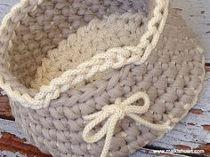 round crochet basket  from made of T-Shirt yarn-Trapillo & ropes