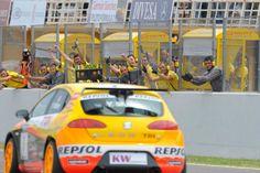 Yvan Muller. SEAT León TDI WTCC. World Touring Car Championship. Valencia circuit 2009
