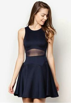 Love the sheer material at the waist. Perfect slimming optical illusion