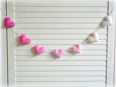 Heart banner/ garland/ bunting in shades of pink by LullabyMobiles