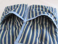 Studené ruky a studené nohy Striped Pants, Gym Shorts Womens, Fashion, Stripped Pants, Moda, La Mode, Fasion, Fashion Models, Stripe Pants