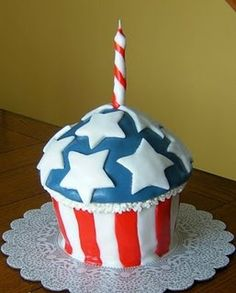 Stars and Stripes Cupcake Cake for July 4th