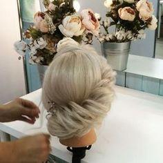Simple braidtwist #bridalhair #messyhairdontcare #hairupdo #hairstyle #hairdo #braidtwist #hairupdo #prettyhair #beautybraid #braidtutorial #braidmovie #lovelybraid