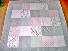 Babydecken - XXL Krabbeldecke 150x150cm ♥ROSE♥ Decke Patchwork - ein Designerstück von bea-crea-tiv bei DaWanda