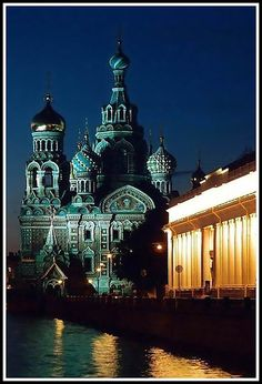 They say St. Petersburg has its own charm, be it the White Nights or the breathtaking architecture.