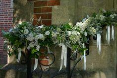wedding garlanding w/ ribbons...so Frida.