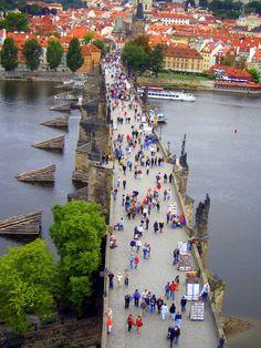 Puente de Carlos, Praga, República Checa, SEP 2006.. Fotografía por Walter Ávila
