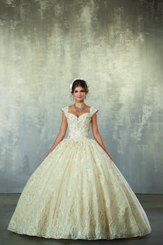 bb033ec31fb Your husband-to-be will be speechless when he sees you in this gown