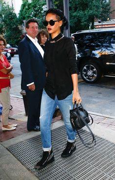Rihanna - boyfriend jeans, black top, top it off  with tribal neckace