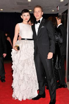 Pin for Later: Relive Ginnifer Goodwin and Josh Dallas's Real-Life Fairy-Tale Romance They took their love to the White House Correspondents' dinner.