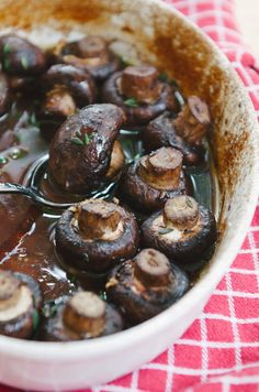 Butter and Wine Roasted Mushrooms