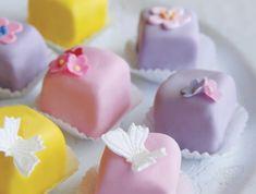10 békebeli cukrászsütemény, amit a mai napig imádunk! | Mindmegette.hu