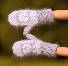 New Hand knit mohair mittens ICELANDIC soft GRAY fuzzy hand warmers SUPERTANYA #SuperTanya #Mittens
