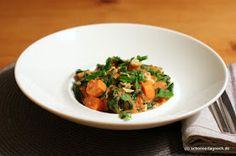 Schöner Tag noch! Food-Blog mit leckeren Rezepten für jeden Tag: Veganer Erdnusseintopf mit Süßkartoffeln und Babyspinat
