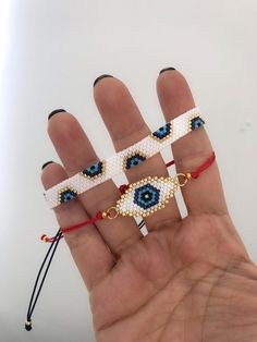 Miyuki evil eye charm bracelet set for women, unique and chic gift for women, protection bracelet, evil eye bracelet - DIY Geschenke 2019 Seed Bead Bracelets, Seed Bead Jewelry, Bead Jewellery, Friendship Bracelets, Gold Bracelets, Silver Jewelry, Jewelry Shop, Jewelry Bracelets, Stackable Bracelets