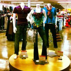 Mannequin displays in Nashville. Need the round platform