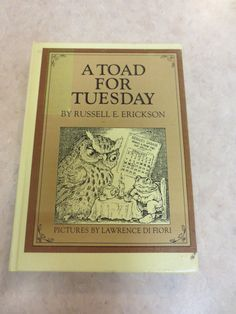 A Toad for Tuesday by Russell E. Erickson by slumbersoft on Etsy Vintage Children's Books, Antique Books, Vintage Antiques, Children Books, Toad, Tuesday, Paper, Frame, Handmade Gifts