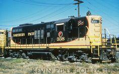 EMD GP9 Rail Train, Train Art, Burlington Northern, Railroad Photography, Old Trains, Train Pictures, Model Train Layouts, Diesel Locomotive, Train Tracks