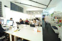 Escritório compartilhado para dividir ideias e acelerar negócios.