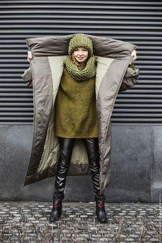 Купить или заказать пальто-одеяло в интернет магазине на Ярмарке Мастеров. С доставкой по России и СНГ. Материалы: наполнитель - холлофайбер, подклад…. Размер: размер универсальный 42 -48