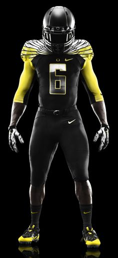 2014 Oregon Ducks Black and Yellow Nike Mach Speed Uniform – American Football College Football Uniforms, Sports Uniforms, Football Outfits, Football Kits, Football Helmets, Notre Dame Football, Alabama Football, Yellow Nikes, Running Club