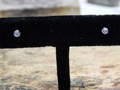 0.20 ct Diamond Stud Earrings