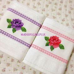 This Pin was discovered by sıd Cross Stitch Rose, Cross Stitch Flowers, Cross Stitch Patterns, Embroidery Stitches, Hand Embroidery, Hobbies And Crafts, Diy And Crafts, Fabric Art, Cross Stitching
