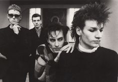 Famed goth rock originators Bauhaus will soon have their career spanning visual history chronicled in the form of a coffee table book thanks to drummer Kevin Haskins. BAUHAUS UNDEAD: The Visual… Dance Music, New Music, Nick Cave, Neil Gaiman, Arctic Monkeys, The Sisters Of Mercy, Radios, Bauhaus Band, Gothic Rock Bands