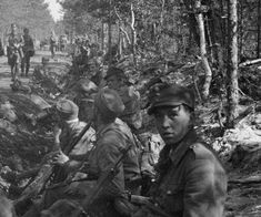 Soldiers of 2nd Infantry Regiment during 2 day delaying battle. Ylä-Vitele - Uusikylä, 27.6.1944