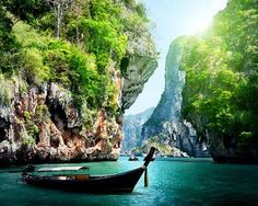 Make the most of your Thailand holiday with the best things to do in Phuket. The list covers boat tours, watersports, sightseeing & nightlife experiences.