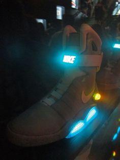 Nike Mag Back 2 Future Delorean 08