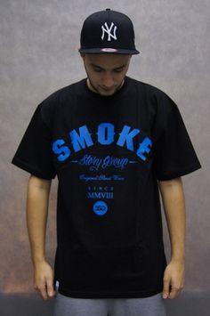 Koszulka z krótkim rękawem marki Smoke Story Group z dużym nadrukiem Smoke.  MATERIAŁ: 1005 bawełna Price 59,00zł