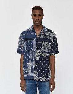 Sacai / Bandana Print Button Up Shirt in Navy Big Men Fashion, Twill Pants, Bandana Print, Printed Tees, Button Up Shirts, Menswear, Casual, Print Button, Mens Tops