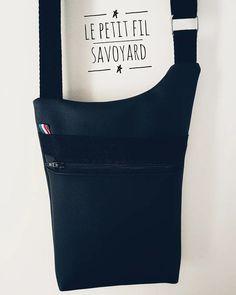 Le petit fil savoyard sur Instagram: Sacoche masculine, sobre et élégante 🤩 Modèle @patrons_sacotin réalisé pour mon homme à moi 🥰 Fait main - made in Savoie…