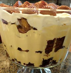 """Peanut Butter Brownie Trifle ~ """"Heaven in a Bowl"""" vanilla pudding, whipped cream, brownie mix, reese's cups...."""