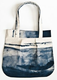 indigo tote - tutorial from Maggie Makes