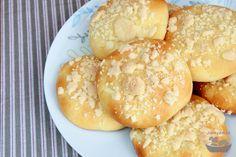 Tiramisu (s bezlepkovou variantou) Home Baking, Gluten Free Baking, Tiramisu, Hamburger, Sweets, Bread, Free Stuff, Recipes, Cakes