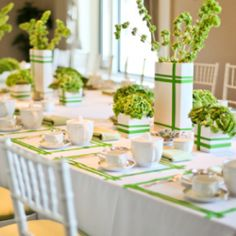 A gorgeous high tea bridal party at The Drake Hotel, Chicago