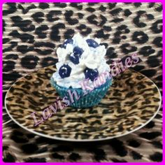 Bluberry Cobbler Cupcake Candle