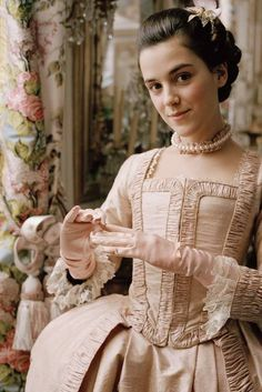 Marie Antoinette Images From Film 200