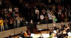 Orquesta Filarmónica Nacional celebró 28 aniversario con música tradicional venezolana