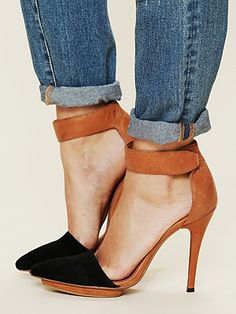 solitaire heel camel and black two toned ankle strap