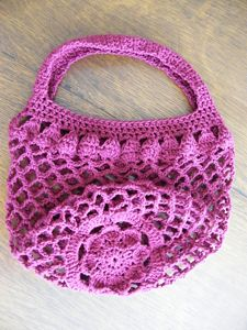 Mum Market Bag - great free crochet pattern for Mother's Day!