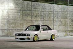 E30... Bmw Alpina, Bmw E60, E30, Slammed Cars, Sweet Cars, Bmw 3 Series, Automotive Art, Bmw Cars, Car Manufacturers