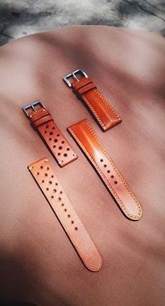 Watch Belt, Watch Straps, Apple Watch Leather Strap, Watch Accessories, Leather Projects, Small Leather Goods, Leather Working, Fashion Details, Leather Craft