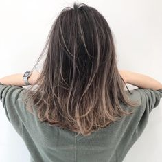 103 trendy brown hair color ideas you can try brown hair colors, brown hair with… - All For Hair Color Balayage Brown Hair With Blonde Highlights, Brown Hair Balayage, Brown Ombre Hair, Brown Hair Colors, Hair Highlights, Korean Hair Color Ombre, Brown Hair Korean, Medium Hair Styles, Curly Hair Styles